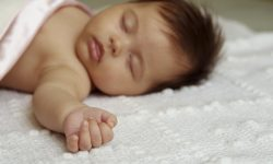 У тех, кто спит меньше 7,5 часов в сутки, «в четыре раза больше шансов получить сердечный приступ»