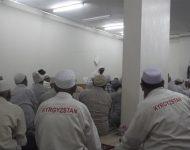 Фото: В Киргизии паломникам сошьют специальную одежду для Хаджа