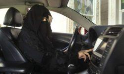 Женщины-водители сократят автомобильные аварии: министр Саудовской Аравии